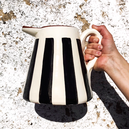 Large Black+white striped pitcher